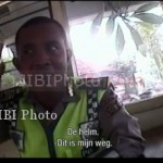 POLISI PALAK BULE: Polisi Buru Kees