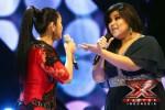 Shena (baju hitam) peserta X Factor Indonesia (xfactorindonesia.com)