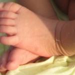 KISAH TRAGIS : Bayi Dibuang Ibu Kandung di Toilet Umum