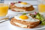 TIPS KESEHATAN : Porsi Tepat Sarapan dan Makan Malam