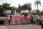 KADES PABELAN DITAHAN : Warga Minta Penahanan Margono Ditangguhkan