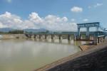 Saluran air di Dam Colo Timur, Nguter, Minggu (19/5/2013). Dam Colo Timur ini mengaliri saluran irigasi di enam kecamatan di Sukoharjo. (JIBI/SOLOPOS/Dian Dewi Purnamasari)