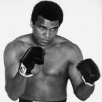 Jubah & Piala Milik Muhammad Ali akan Dilelang