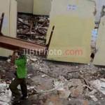 "Gedung Sekolah SMA ""17"" mulai dibongkar. (JIBI/Harian Jogja/'GIGIH M Hanafi)"