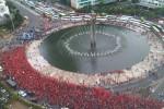 DEMONSTRASI BURUH : Jalanan Ibu Kota Macet karena Aksi Buruh, Kendaraan Dialihkan