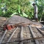 Diterjang Angin, Rumah Murtini Roboh