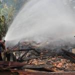 KEBAKARAN: Toko Onderdil Terbakar, Satu Orang Luka