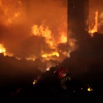 KRISIS POLITIK BANGLADESH : Bom Bensin Meledak di Bus, 7 Tewas Terbakar