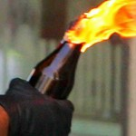 PELEMPARAN BOM MOLOTOV : Toko Kembang Api Terima Aneka Teror