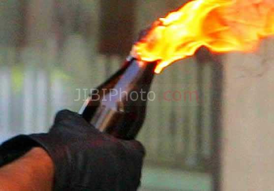 Ilustrasi molotov cocktail atau bom bakar (JIBI/Solopos/Dok.)