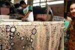 Ingrid Kansil perkenalkan tiga motif baru batik Sukabumi (bisnis-jabar.com/JIBI/Antara)