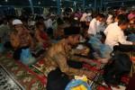 RAMADAN 2015 : Ratusan Yatim Piatu Surabaya Bergembira Bersama Advokat Peradi