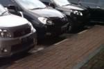 Pimpinan DPRD DIY Terima Mobil Baru, Total Senilai Rp2,45 Miliar