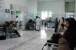 KELEBIHAN PASIEN : Overload, 20 Pasien Ngendon di IGD RSUD Karanganyar