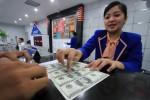 RUPIAH MELEMAH : Transaksi Valas di Perbankan di Kota Solo Turun