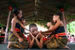 HARI ANAK NASIONAL : Ada Gamparan di Pameran Dolanan Anak