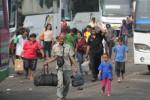 Ilustrasi pemudik dengan angkutan bus (JIBI/Bisnis/Dok.)