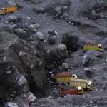JIBI/Harian Jogja/Gigih M. Hanafi Penambangan pasir lereng merapi