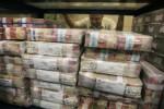 LEBARAN 2013 : Uang Keluar Rp2,7 Triliun, Uang Masuk Hanya Rp1,4 Triliun