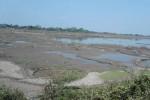 Volume air di Waduk Lalung, Karanganyar kian surut selama sebulan terakhir, sehingga area persawahan di sebagian wilayah Bumi Intan Pari terancam kekeringan. Foto diambil Rabu (28/8/2013). (Tri Indriawati/JIBI/Solopos)