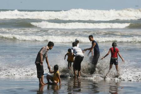 Ilustrasi wisatawan di Pantai Parangtritis DIY (JIBI/Harian Jogja/Desi Suryanto)