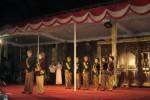 Finalis Duta Wisata Wonogiri 2012 unjuk gigi di sebuah panggung di Kompleks GOR Giri Mandala, Senin (30/10/2012) malam. (Dok/JIBI/Solopos)