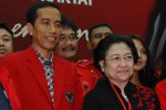 Joko Widodo dan Megawati Soekarnoputri saat penutupan Rakernas III PDIP di Ancol, Jakarta, Minggu (8/9/2013) lalu. (Alby Albahi/JIBI/Bisnis)