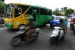 Tak Sabar Menunggu Trans Jogja hingga 30 Menit, Calon Penumpang Pilih Pesan Taksi