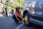 PARKIR SOLO : Sanksi Gembok Roda Dua Segera Diujicobakan