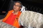 KASUS AKIL MOCHTAR : Sopir Akil Mochtar Berperan Tagih Uang Suap