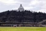 GUNUNG KELUD MELETUS : Dihujani Abu Vulkanik, Borobudur & Prambanan Ditutup bagi Wisatawan