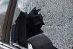 KRIMINAL SLEMAN : Pecah Kaca Mobil, Pencuri Terekam CCTV