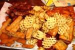 Aneka makanan gorengan (theraddish.com)
