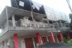 Pasar Ir. Soekarno yang rusak akIbat terjangan angin kencang, Rabu (6/11) sore. (JIBI/Solopos/Kurniawan)