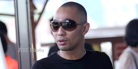 Enji, mantan suami Ayu Ting Ting