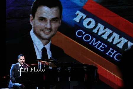 AKSI TOMMY PAGE