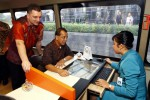 FOTO MOBILE TICKETING COUNTER : GERAI TIKET BERGERAK