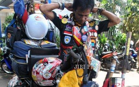 Balai Kota Bogor berkeliling Indonesia Foto keliling Indonesia motor