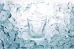Ilustrasi es untuk campuran minuman (truebeyonddesign.com)