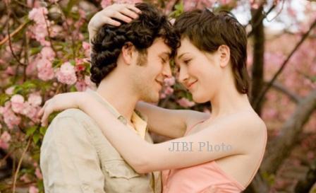 Ilustrasi pasangan kekasih (idiva.com)