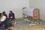 SISWI MTS MATESIH TEWAS DI BARON : Korban Sempat Kirim SMS Pamit