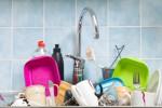 Keran cuci piring bisa menjadi tempat sempurna untuk berkembangbiaknya bakteri (healthmeup.com)