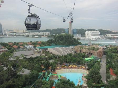 Cable car di sentosa island singapura (ivan i/jibi/solopos)