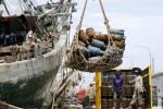 FOTO KENAIKAN HARGA ELPIJI : Elpiji 12 Kg Dikirim ke Luar Jawa