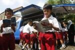 Kemdikbud Larang Tes Baca Tulis untuk Masuk SD