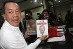 KASUS HAMBALANG : Wakil Sekjen Demokrat Jenguk Anas