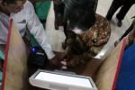 Simulasi e-voting pilkades di Kantor Pemerintah Desa Genting, Kecamatan Cepogo, Boyolali, Kamis (14/2/2013). (Oriza Vilosa/JIBI/Solopos)