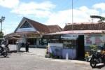 Pedagang Kios Stasiun Wates Mengadu ke Dewan