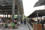 Pasar Percontohan Sentolo sepi, Rabu (1/1/2014). (JIBI/Harian Jogja/Switzy Sabandar)