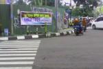 DPRD Kota Jogja Dikepung Spanduk Kecaman